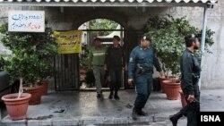 حضور نیروی انتظامی در رستورانهای فرحزاد تهران
