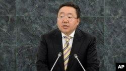 지난 9월 뉴욕 유엔 본부에서 열린 제68차 총회에서 차히야 엘벡도르지 몽골 대통령이 연설하고 있다. (자료사진)