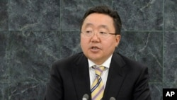 지난 9월 뉴욕 유엔 본부에서 열린 제68차 유엔 총회에서 차히야 엘벡도르지 몽골 대통령이 연설하고 있다.