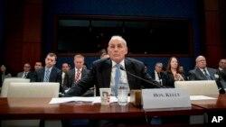 国土安全部长约翰·凯利在国会山作证。(2017年2月7日)