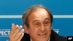Michel Platini lors d'une conference de presse à Monaco, en aout 2015.