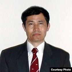 卡哈尔·巴拉提博士