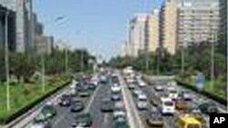 ปัจจุบัน รถยนต์กลายเป็นพาหนะสำคัญของชาวกรุงปักกิ่ง แทนจักรยาน