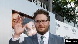 """Sutradara, penulis, sekaligus aktor di acara pemutaran film """"This Is the End"""" di Regency Village Theatre in Los Angeles, California 3 Juni, 2013. (Dok: REUTERS/Mario Anzuoni)"""