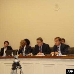Cuộc điều trần về tình trạng nhân quyền tại Việt Nam tại Hạ Viện Hoa Kỳ dưới quyền chủ tọa của Dân biểu Christopher Smith và các dân biểu Ed Royce và Al Green, và đặc biệt là dân biểu Donald Payne