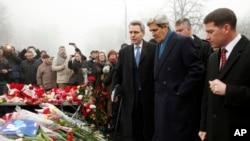 Menlu AS John Kerry di Kyiv, Ukraina