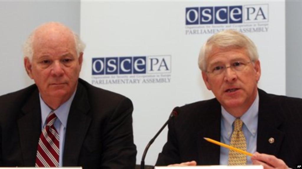 Сенаторы Уикер и Кардин призвали расследовать преступления против прав человека в Чечне