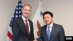 美國國防部副部長沙納漢2018年1月12日會見日本太空政策大臣(美國國防部照片)