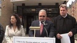 Русскоязычный законодатель грозит судом