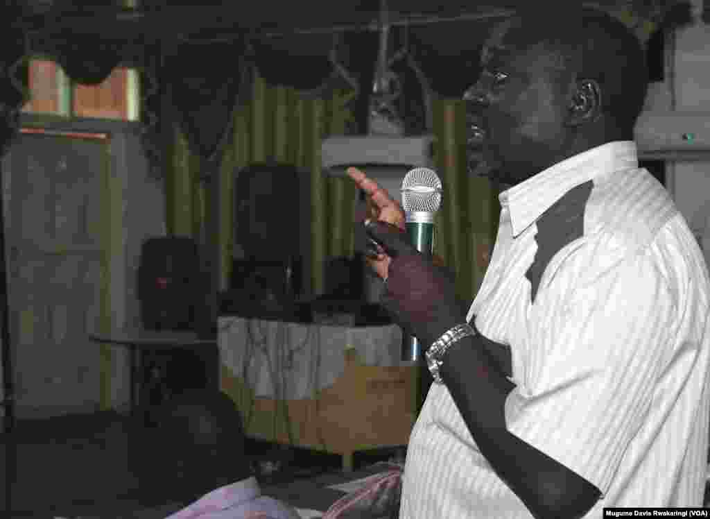 The lively Q&A session at the Voice of America town hall in Juba on Thursday, March 28, 2013.