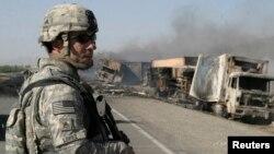 غزنی، افغانستان، 24 جون 2008۔ (فائل فوٹو)