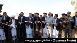 رئیس جمهور غنی، برعلاوۀ پارک صنعتی پروان، فاز اول سرک جبلالسراج – نجراب را نیز افتتاح کرد