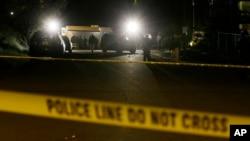 美国佛罗里达州东南部一家夜店枪击现场。