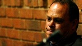 21일 남아프리카공화국 프레토리아에서 열린 오스카 피스토리우스의 보석심리에서, 증인으로 출석한 힐튼 보타 형사.