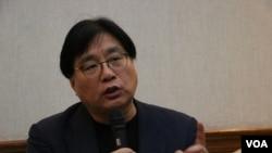 台湾关怀中国人权联盟理事长杨宪宏(美国之音杨明拍摄)