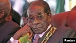 Presidente Robert Mugabe, do Zimbabwe.