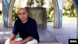 ستار بهشتی کارگز وبلاگ نویس ایرانی که پس از اعتراضات ۱۳۸۸ دستگیر و در طول بازداشت جان خود را از دست داد