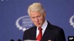 """A juicio de Bill Clinton, el acuerdo con Siria tiene potencialmente """"beneficio inherente y perdurable""""."""