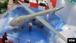 """Salah satu pesawat tanpa awak yang disebut """"unmanned aerial vehicle""""atau UAV (foto: dok)."""