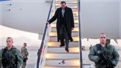 ورود لئون پانه تا وزیر دفاع آمریکا به کابل،افغانستان. ۲۲ آذر ماه ۱۳۹۰ (۱۳ دسامبر ۲۰۱۱)