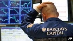 2月24日动荡不定的世界石油价格再次跃升