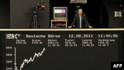 A do të ndikojnë mbi SHBA problemet evropiane të borxhit?
