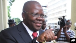 Zimbabwe's Finance Minster Tendai Biti (file photo)