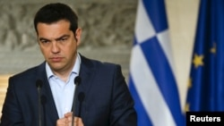 17일 그리스 아테네에서 알렉시스 티프라스 그리스 총리가 기자회견을 하고 있다.