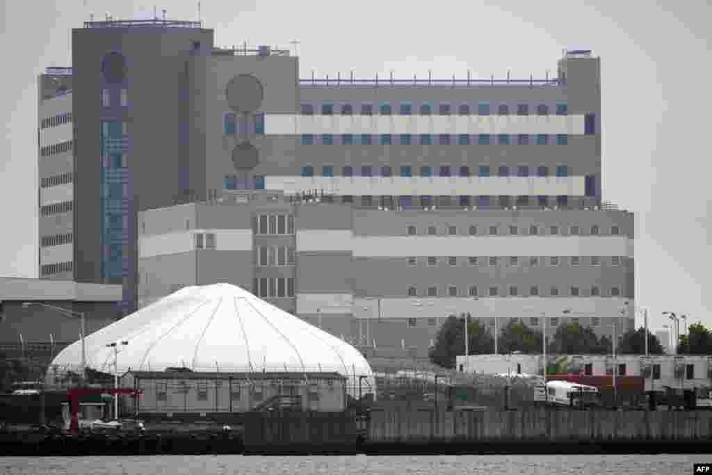 Здания тюрьмы на острове Рикерс