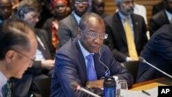 Alpha Conde, président de la Guinée lors d'une réunion à Washington, 9 octobre 2014.