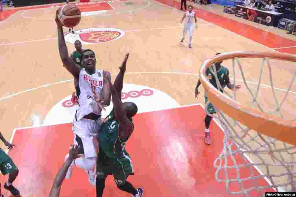 Yanick Moreira, selecção de Angola no AfroBasket2015