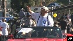 一位美国政界人物参加纪念马丁.路德.金的公众活动