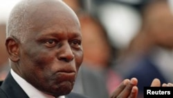 Tổng thống Angola Jose Eduardo dos Santos