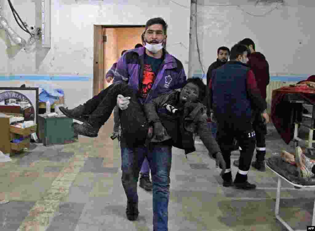 Suriyaning Idlib viloyatida hukumat va Rossiya kuchlari havo hujumlarini davom ettirmoqda