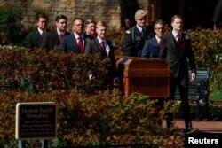 최근 타계한 미국의 대표적 복음주의 목회자 빌리 그레이엄 목사의 장례식이 2일 고향인 노스캐롤라이나주 샬럿에서 열렸다.