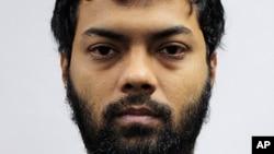 싱가포르에서 테러 지원을 위한 자금 조성 혐의로 징역 5년형을 선고 받은 방글라데시인 라흐만 미자누르.