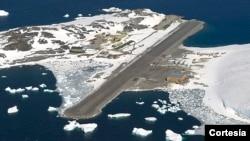 """Esta es una vista panorámica de la estación británica de investigación """"Rothera"""" en la Antártida. [Foto: Cortesía: Investigación inglesa en la Antártida]."""
