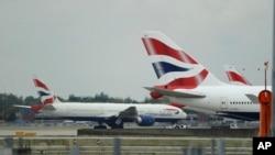 ہیتھرو ایئرپورٹ پر خالی جہاز۔