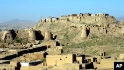 نمای بالا حصار شهر غزنی