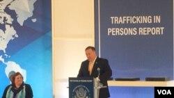 Državni sekretar Majk Pompeo predstavlja izveštaj Stejt departmenta o trgovini ljudima