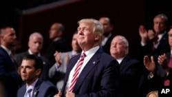 共和党总统候选人川普在克利夫兰举行的全国代表大会上。(2016年7月20日)