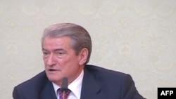 Shqipëri: Qeveria premton rritje pagash