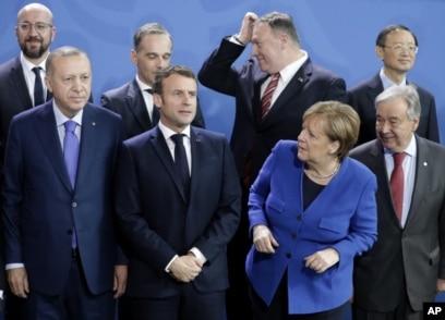 Cumhurbaşkanı Erdoğan, Fransa Cumhurbaşkanı Macron ve Almanya Başbakanı Merkel