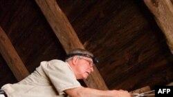 Tom Kunc u potrazi za slepim miševima