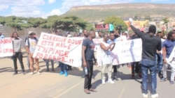 Manifestaçao no Lubango sem intervenção e sem incidentes - 1:00