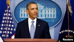 Tổng thống Hoa Kỳ Barack Obama đưa ra tuyên bố với báo chí tại phòng họp báo Tòa Bạch Ốc về vấn đề đóng cửa chính phủ, 30/9/13