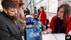 지난달 7일 미국 피츠버그에서 전역 군인들을 위한 취업박람회가 열렸다.