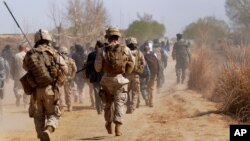 په اوس وخت کې په افغانستان کې شاوخوا ۸۴۰۰ امریکایي پوځیان میشت دي