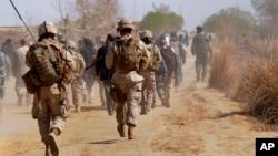 Fuerzas estadounidenses han sido enviadas a la provincia de Helmand, donde se realizó el ataque, por estar amenazada por el talibán.
