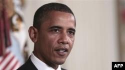 Tổng Thống Obama nhận được điểm cao hơn về chính sách đối ngoại, với đa số những người được hỏi ủng hộ cách xử lý của ông trong vấn đề khủng bố cũng như về vấn đề Libya